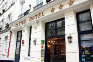 パリにある小さなホテル、CASTEX HOTELの外観