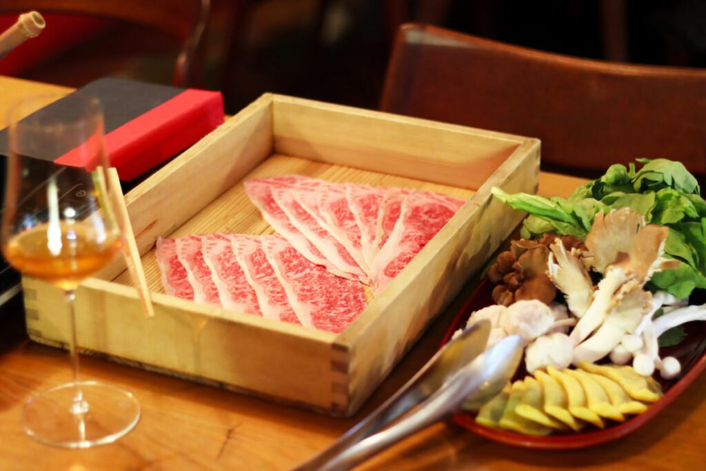 台湾の麻辣火鍋のお肉と具材