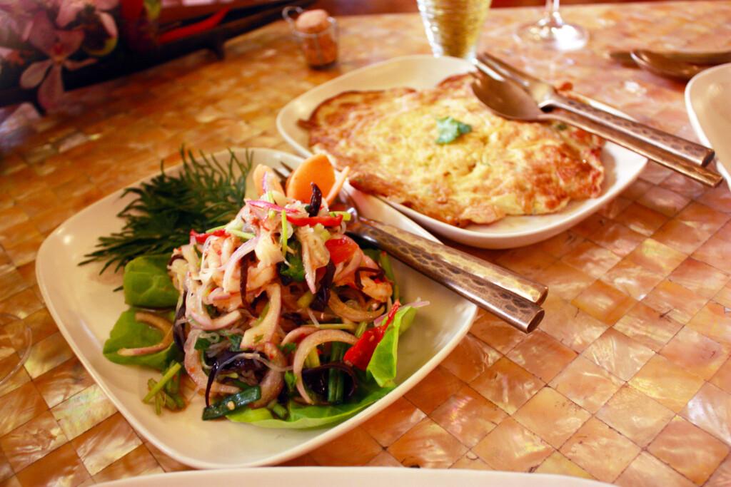 ランカウイのリゾートホテル、ザ・ダタイのタイ料理レストランで出される料理