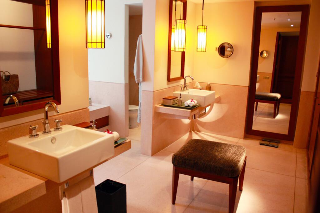 ランカウイのリゾートホテル、ザ・ダタイの客室バスルーム