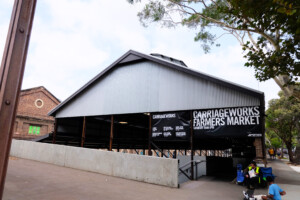 シドニーのキャリッジワークス・ファーマーズマーケット入り口