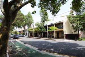 シドニーのキャリッジワークス・ファーマーズマーケット周辺の街並み