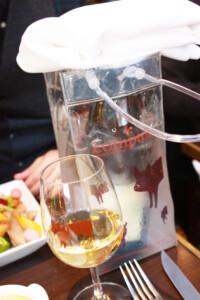 Le Comptoir du Relais (ル・コントワール・デュ・ルレ)のワインとグラス