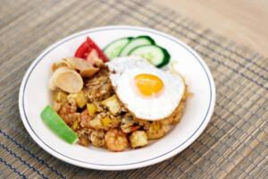 インドネシア料理のナシゴレン