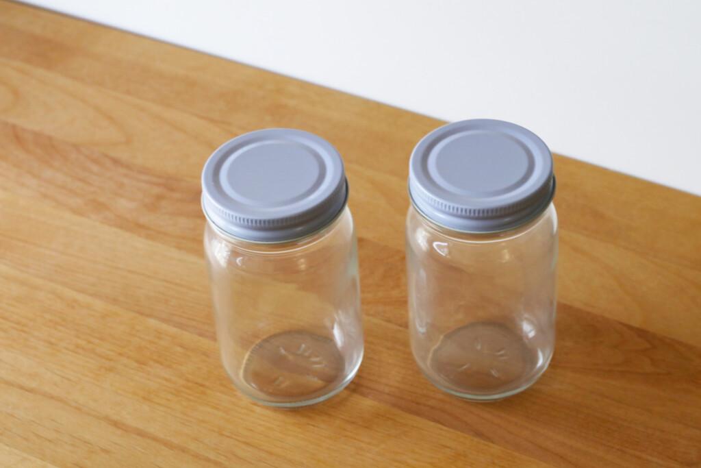 ガラスの小瓶
