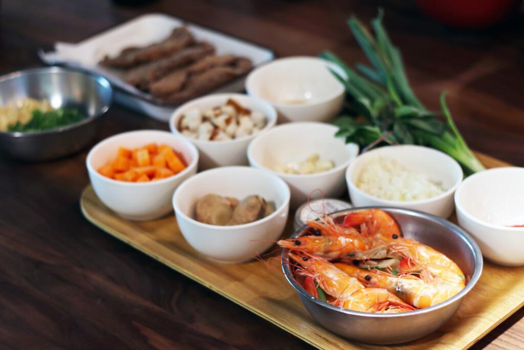 台湾の炸醤麺に使われる食材