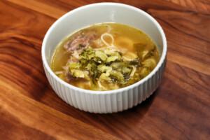 台湾の冷たくておいしい牛肉麺