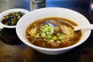 台北史記牛肉麺のおいしい牛肉麺